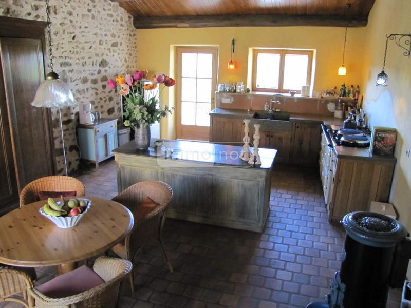propriete a vendre Lachaux 63290 Puy-de-Dome 5 pièces 400000 euros