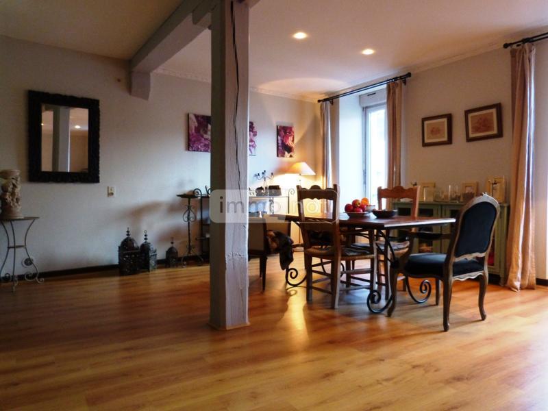 achat appartement a vendre quimper 29000 finistere 145 m2 4 pi ces 217672 euros. Black Bedroom Furniture Sets. Home Design Ideas