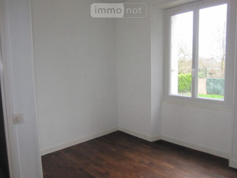 Location appartement Montfort-sur-Meu 35160 Ille-et-Vilaine 32 m2 2 pièces 305 euros