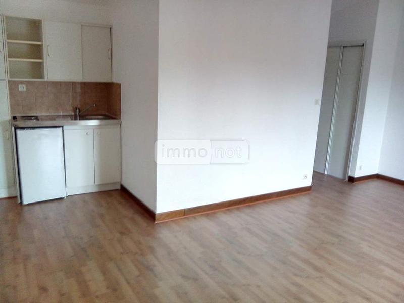 Appartement a vendre Montfort-sur-Meu 35160 Ille-et-Vilaine 28 m2 1 pièce 44520 euros