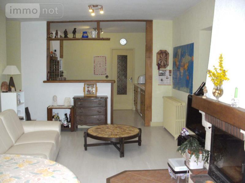 Immeuble de rapport a vendre 39 Jura 175 m2  220000 euros