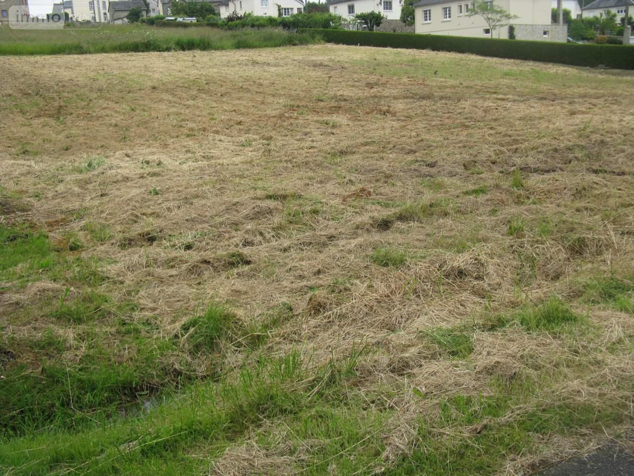 Terrain a batir a vendre Ambrières-les-Vallées 53300 Mayenne 1970 m2  47700 euros