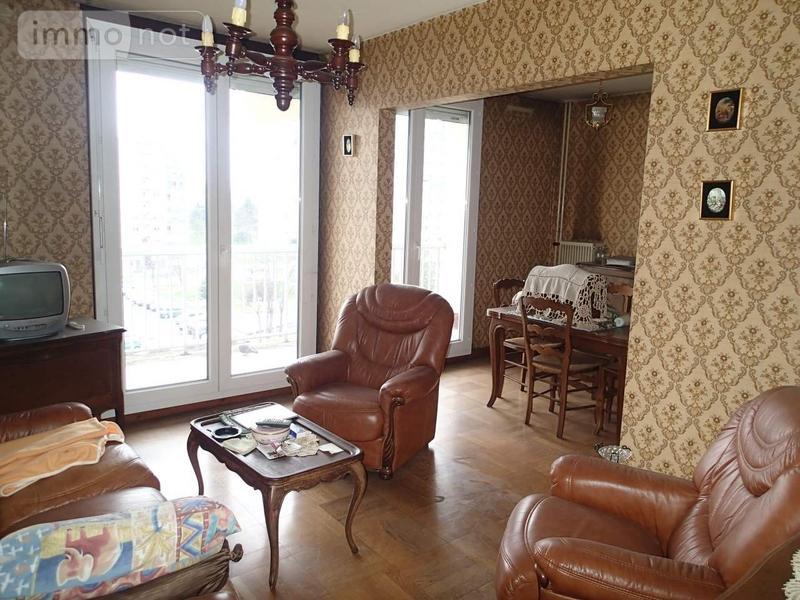 Appartement a vendre Vaulx-en-Velin 69120 Rhone 65 m2 4 pièces 88922 euros