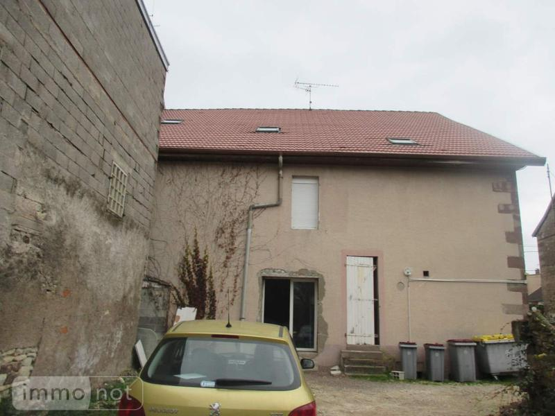 Immeuble de rapport a vendre Saint-Sauveur 70300 Haute-Saone 257 m2  126000 euros