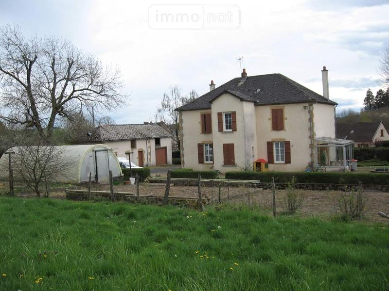 Maison a vendre Issy-l'Évêque 71760 Saone-et-Loire 6 pièces 207400 euros