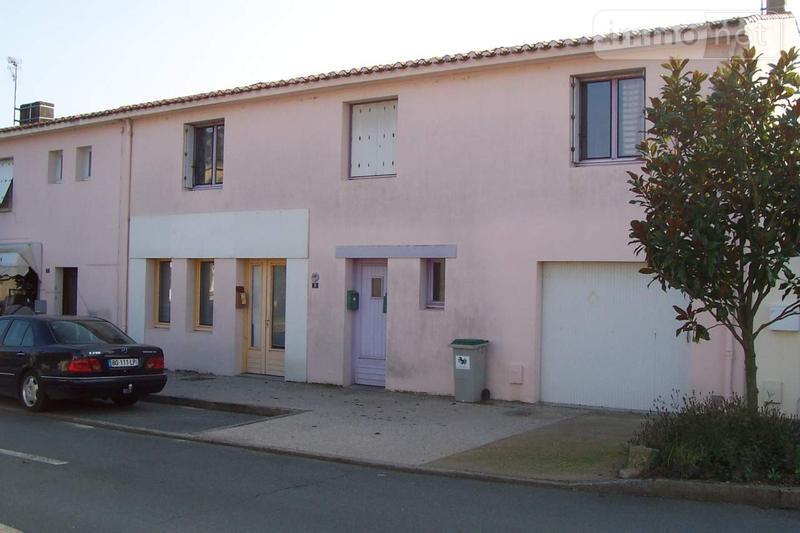 Divers a vendre Saint-Hilaire-de-Loulay 85600 Vendee 200 m2  227972 euros