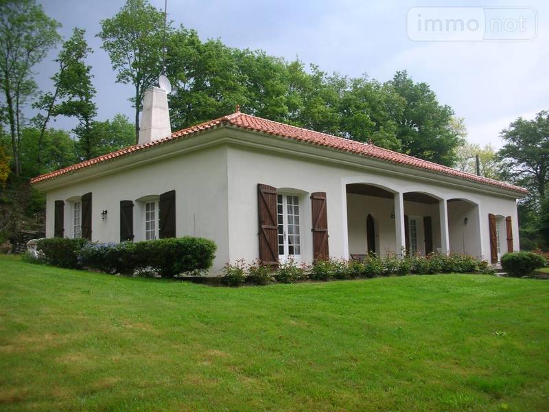 Maison a vendre Beaulieu-sous-la-Roche 85190 Vendee 170 m2 5 pièces 238200 euros