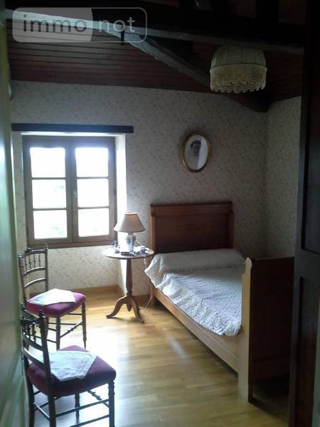 achat maison a vendre saint romain de benet 17600 charente maritime 176 m2 8 pi ces 270400 euros. Black Bedroom Furniture Sets. Home Design Ideas