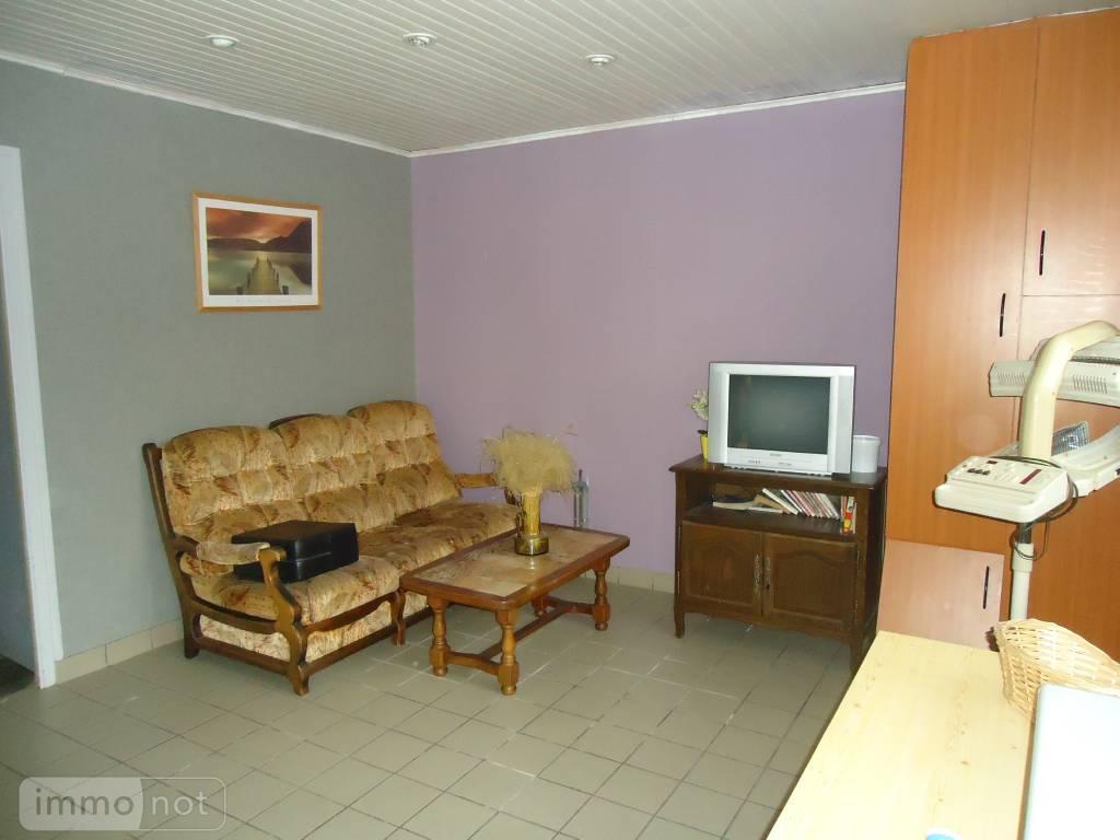 Fonds et murs commerciaux a vendre Noyal-Pontivy 56920 Morbihan  110220 euros