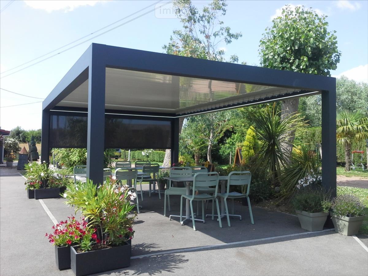 Fonds et murs commerciaux a vendre Cassel 59670 Nord  332900 euros