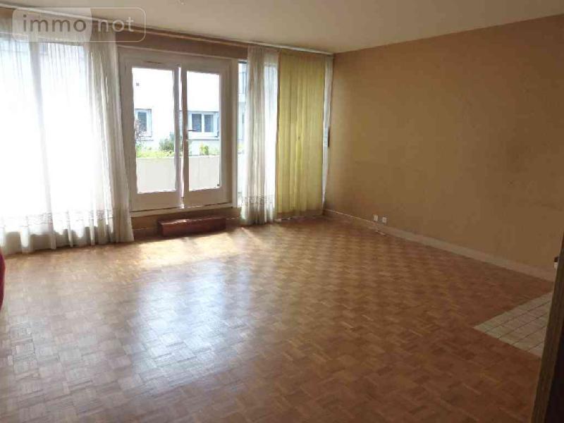 achat appartement a vendre bourges 18000 cher 153 m2 7 pi ces 174900 euros. Black Bedroom Furniture Sets. Home Design Ideas