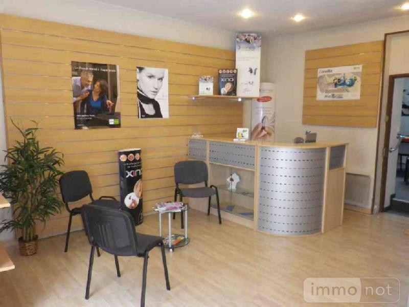 Fonds et murs commerciaux a vendre Mehun-sur-Yèvre 18500 Cher  78622 euros