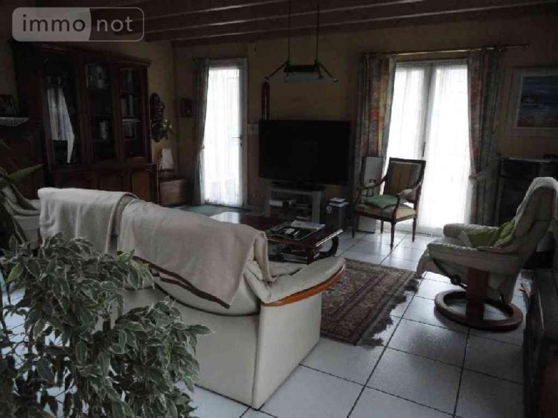 Immeuble de rapport a vendre Briec 29510 Finistere 160 m2  258872 euros