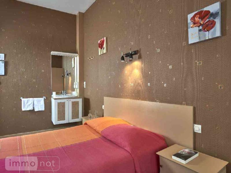 Fonds et murs commerciaux a vendre Morlaix 29600 Finistere  258872 euros