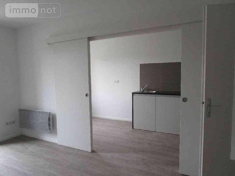 Location appartement Châlons-en-Champagne 51000 Marne 67 m2 2 pièces 550 euros