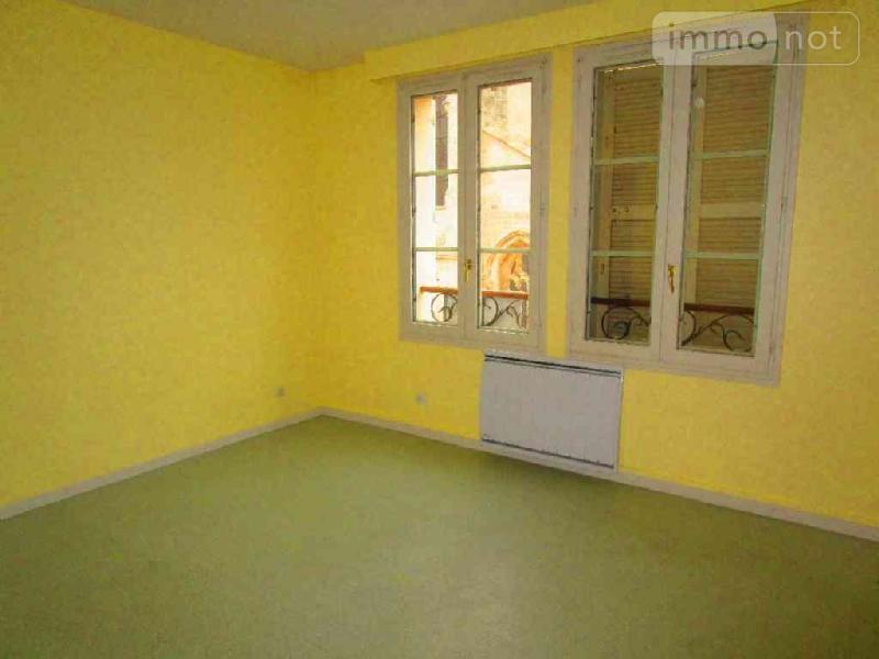Location appartement Châlons-en-Champagne 51000 Marne 23 m2 1 pièce 200 euros