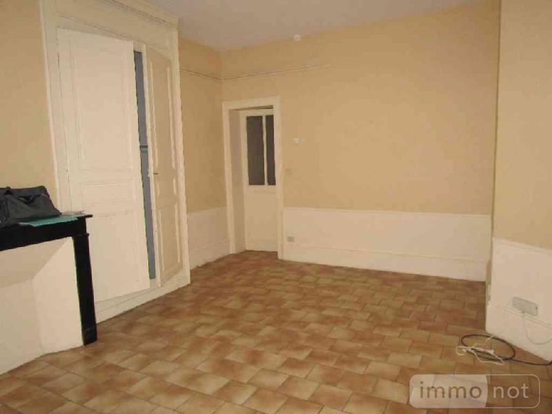 Location appartement Châlons-en-Champagne 51000 Marne 63 m2 2 pièces 329 euros