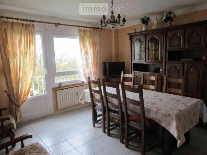 achat appartement a vendre ch lons en champagne 51000 marne 83 m2 5 pi ces 104300 euros. Black Bedroom Furniture Sets. Home Design Ideas