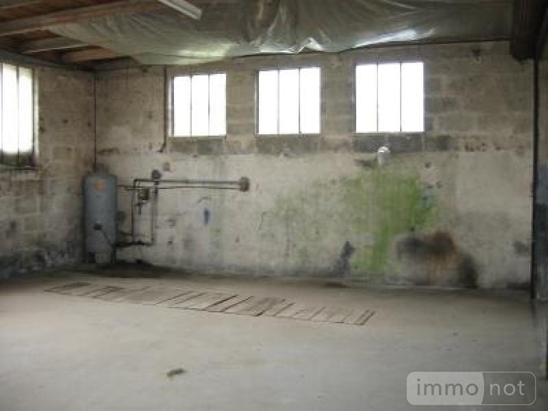 Garage et parking a vendre Clefs 49150 Maine-et-Loire 64 m2  17000 euros