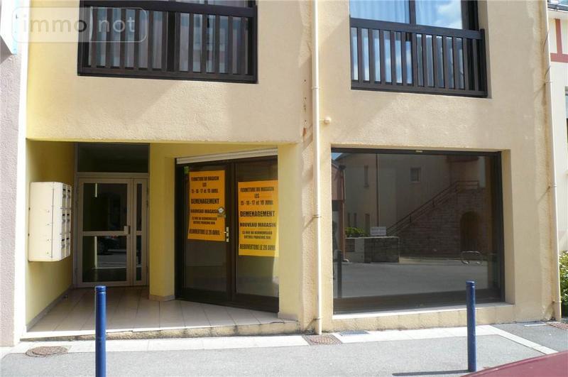 Fonds et murs commerciaux a vendre Fouesnant 29170 Finistere  145572 euros