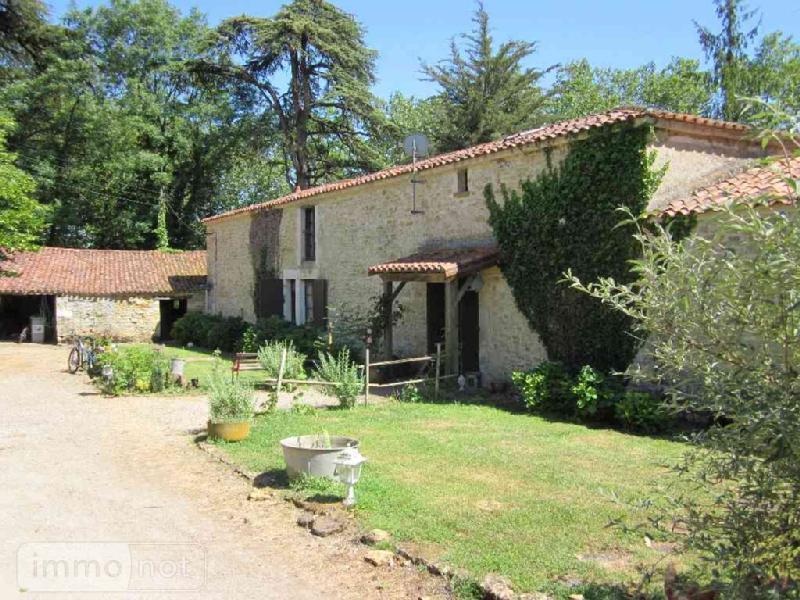 Maison a vendre Sainte-Hermine 85210 Vendee 260 m2 6 pièces 361870 euros