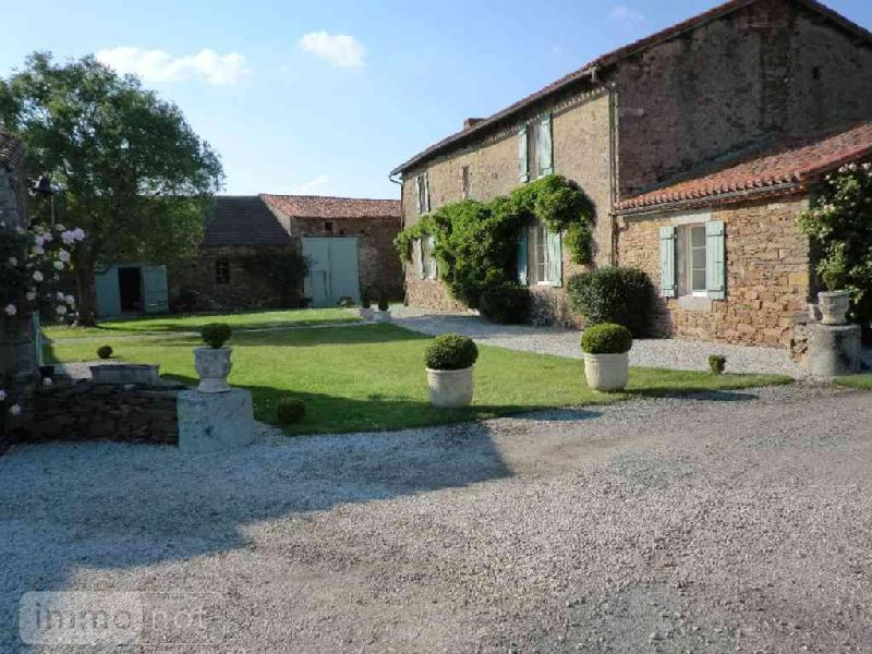 Maison a vendre Rives-de-l'Yon 85310 Vendee 355 m2 8 pièces 707650 euros