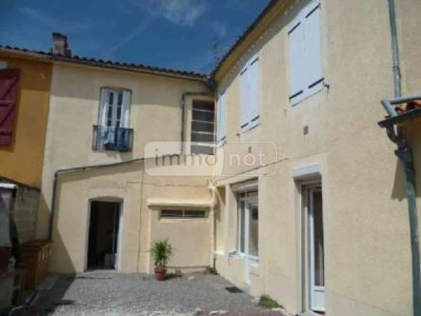 Immeuble de rapport a vendre Luçon 85400 Vendee  228000 euros