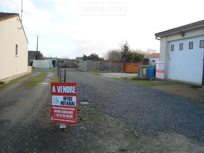 Terrain a batir a vendre Froidfond 85300 Vendee 501 m2  47700 euros
