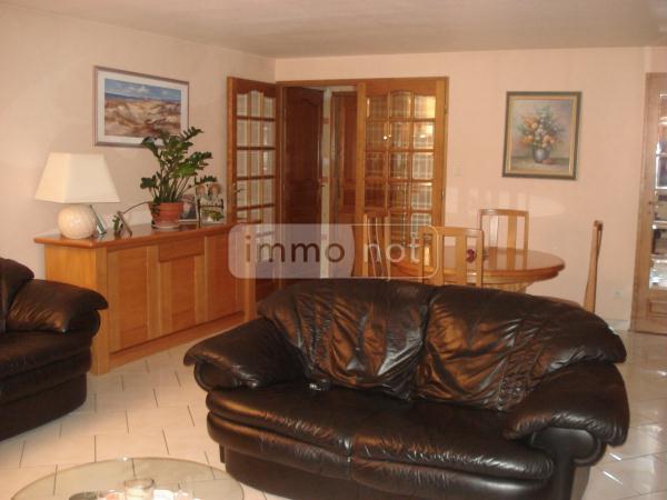 Fonds et murs commerciaux a vendre Magny-Vernois 70200 Haute-Saone  341830 euros
