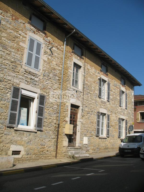 Location appartement Marboz 01851 Ain 36 m2 2 pièces 330 euros