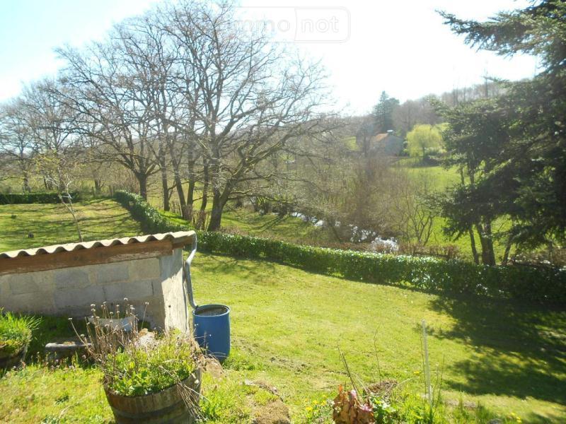 Maison a vendre Glénat 15150 Cantal 3 pièces 71400 euros