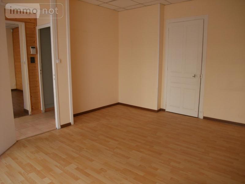 Location fonds et murs commerciaux Hauteville-Lompnes 01110 Ain 50 m2