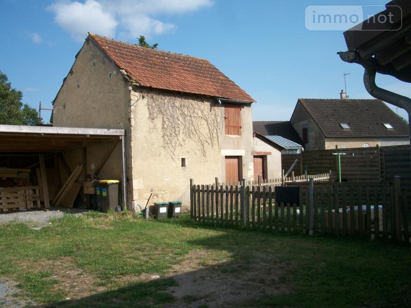 Immeuble de rapport a vendre La Guerche-sur-l'Aubois 18150 Cher  119821 euros