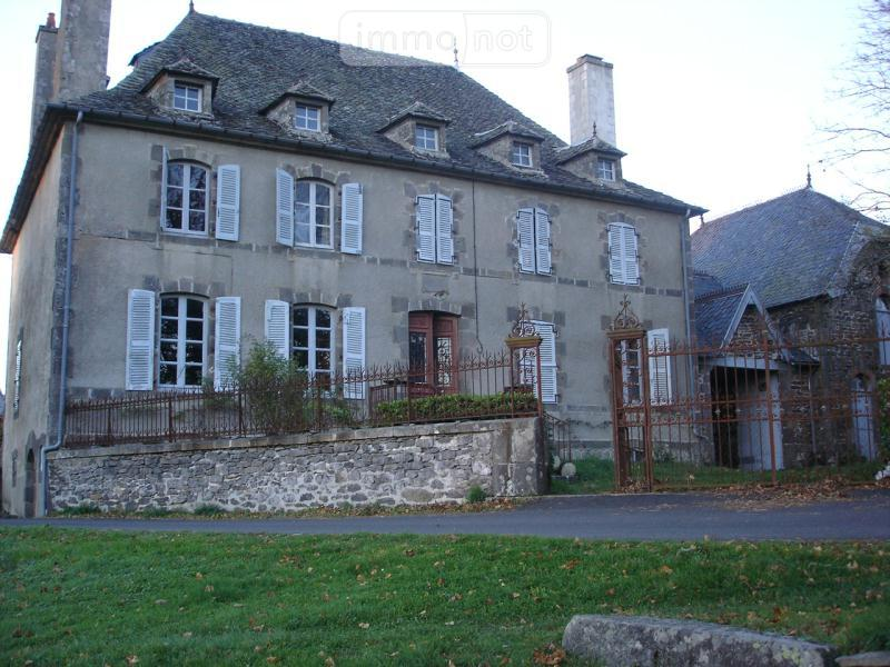 Maison a vendre Ally 15700 Cantal 6 pièces 258842 euros