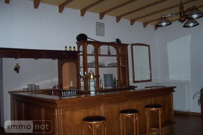 Fonds et murs commerciaux a vendre Neuvéglise 15260 Cantal 300 m2  180200 euros