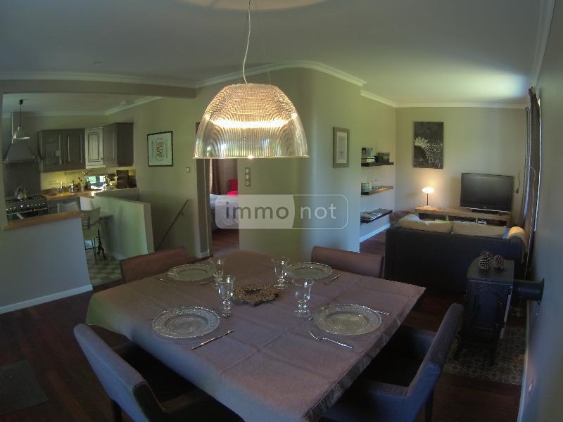 Location maison Ussel 19200 Correze 99 m2 4 pièces 900 euros