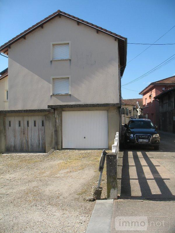 Location garage et parking Montrevel-en-Bresse 01340 Ain  50 euros