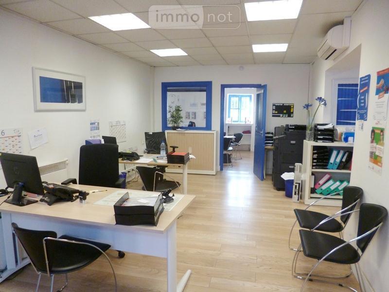 Location fonds et murs commerciaux Bourg-en-Bresse 01000 Ain  695 euros