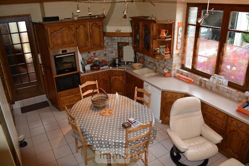 Fonds et murs commerciaux a vendre Plesder 35720 Ille-et-Vilaine 220 m2  176470 euros