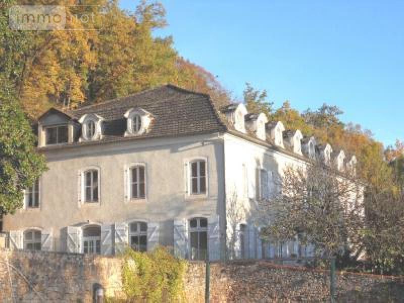 propriete a vendre Figeac 46100 Lot 1000 m2 35 pièces 516000 euros