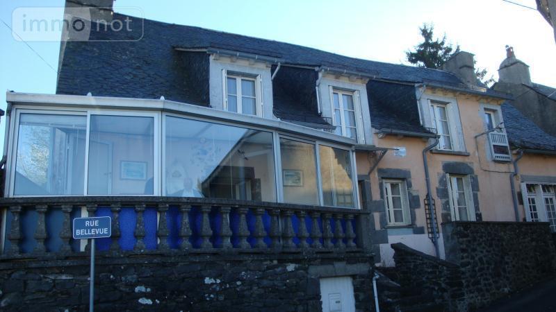 Maison a vendre Mauriac 15200 Cantal 7 pièces 186772 euros