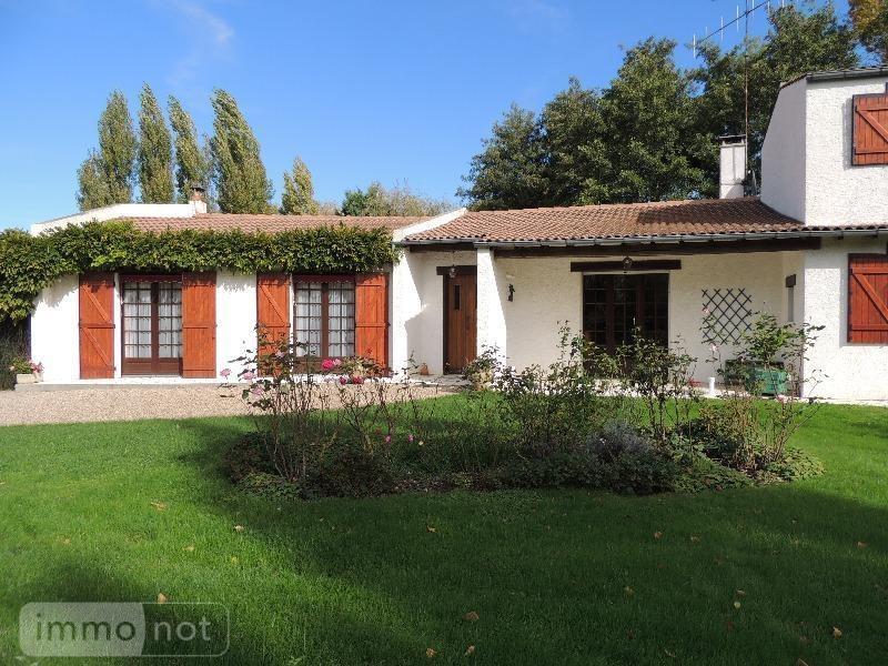 Maison a vendre Argenton-l'Église 79290 Deux-Sevres 138 m2 7 pièces 155872 euros