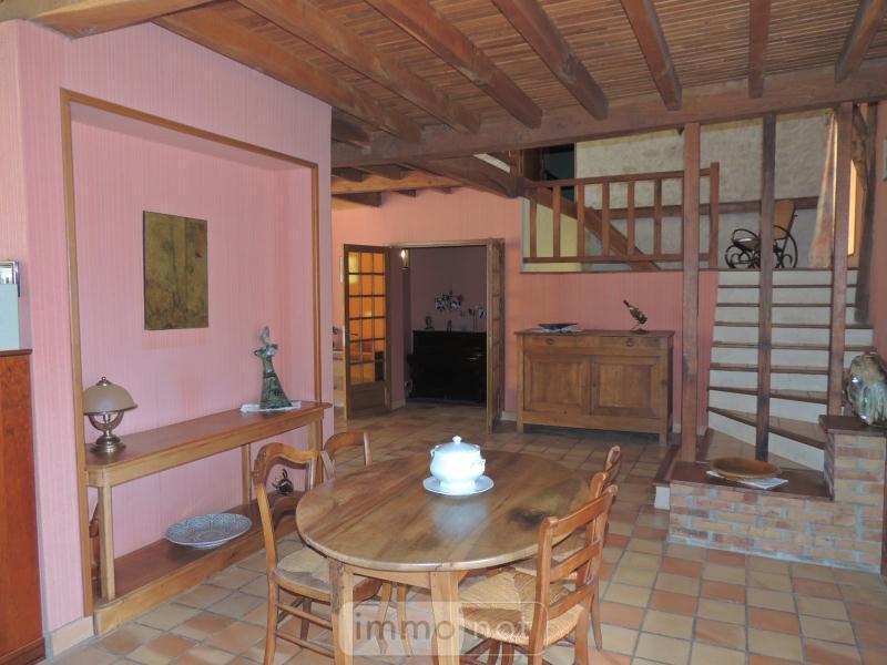 Maison a vendre Taxat-Senat 03140 Allier 300 m2 10 pièces 230000 euros