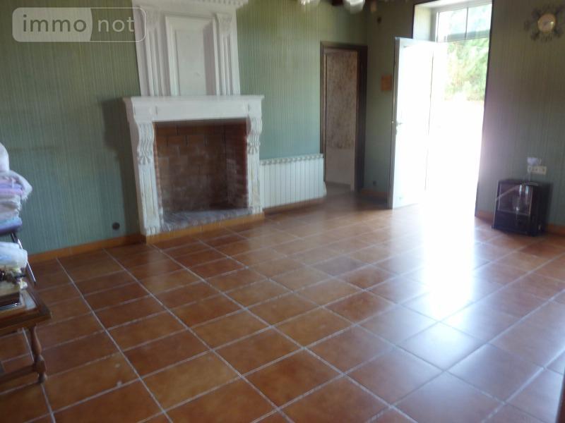 Maison a vendre Jonzac 17500 Charente-Maritime 5 pièces 132500 euros