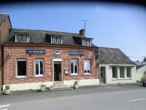 Divers a vendre Marly-Gomont 02120 Aisne 380 m2  136500 euros