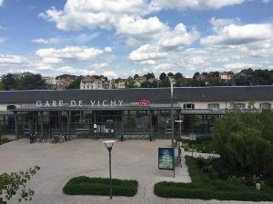 Immeuble de rapport a vendre Vichy 03200 Allier  355000 euros