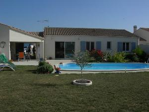 Maison a vendre Charron 17230 Charente-Maritime 5 pièces 258842 euros