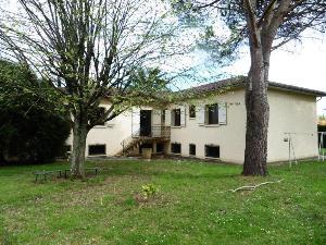 Maison a vendre Mirande 32300 Gers 206 m2 9 pièces 178000 euros