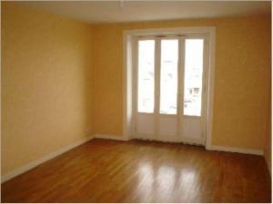 Appartement a vendre Fougères 35300 Ille-et-Vilaine 57 m2 3 pièces 62132 euros