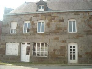 Maison a vendre Saint-Léger-des-Prés 35270 Ille-et-Vilaine  135254 euros